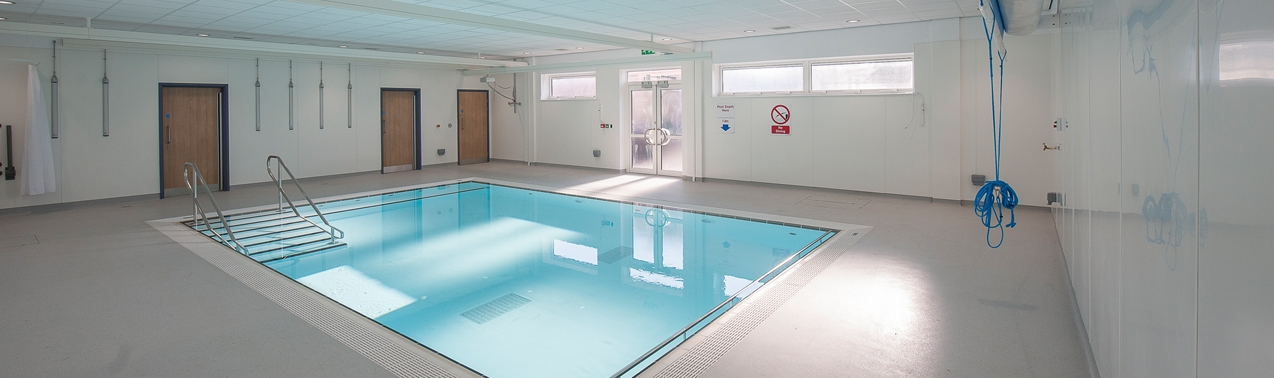 the hydrotherapy pool at Elms Bank